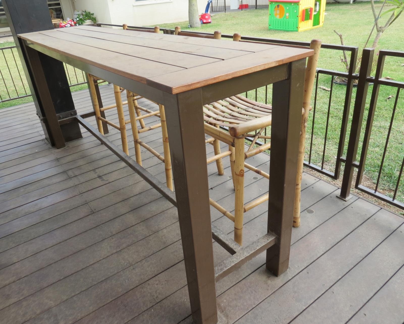 שולחן מתכת עץ איפאה