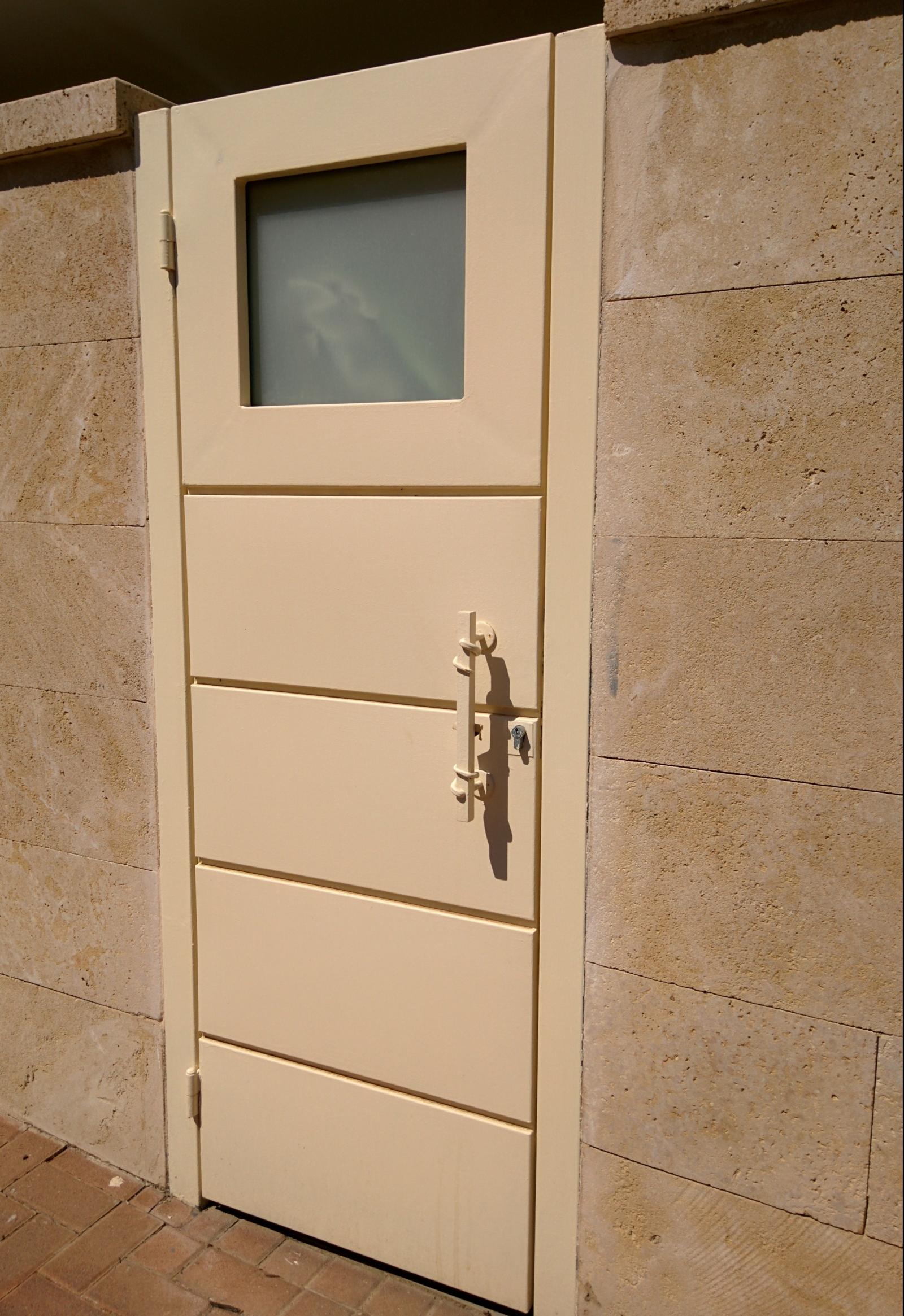 שער מתכת כניסה בית